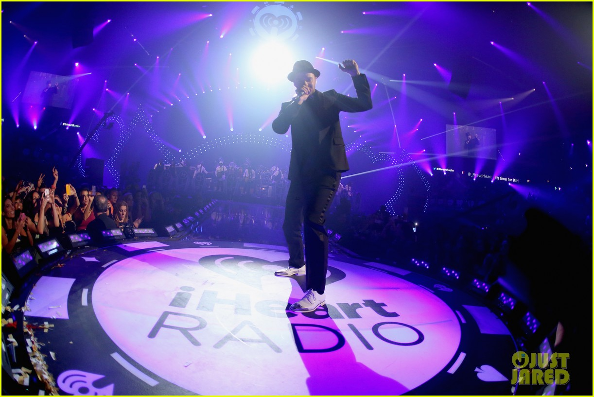 justin timberlake debuts two new songs iheartradio watch 25