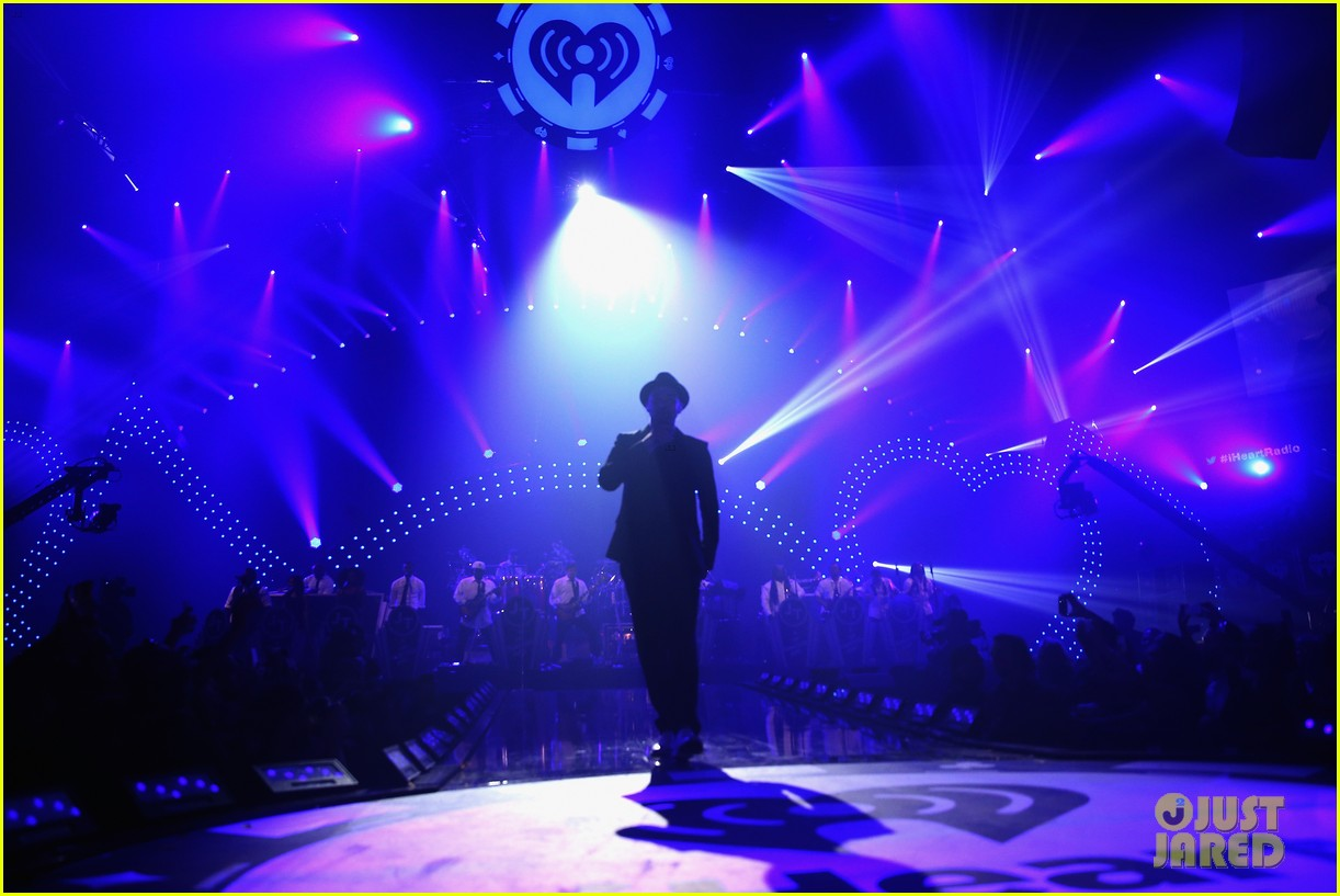 justin timberlake debuts two new songs iheartradio watch 28