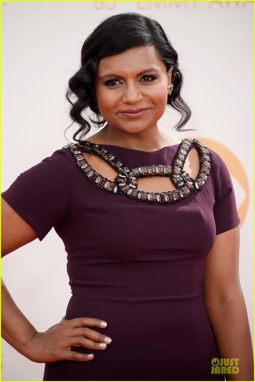 mindy kaling emmys 2013 red carpet 06