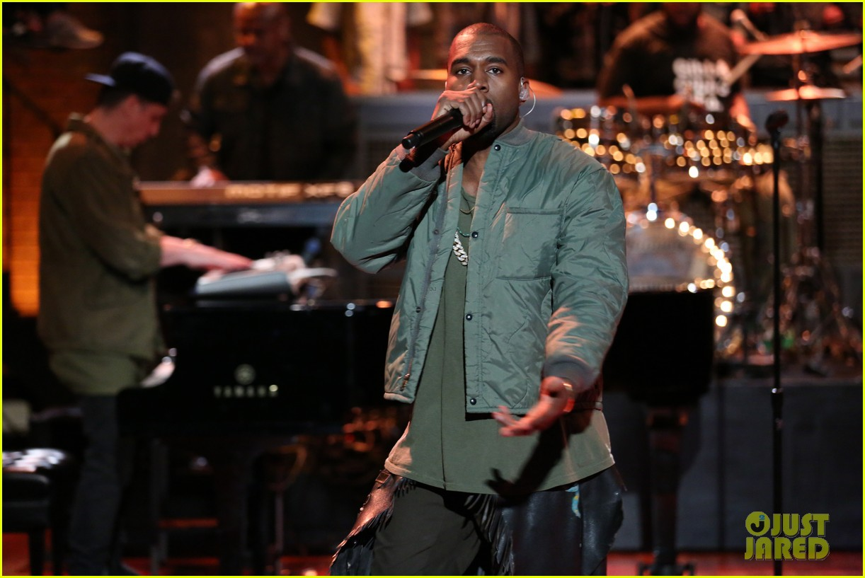 kanye west diesel black gold show after fallon surprise 042949450