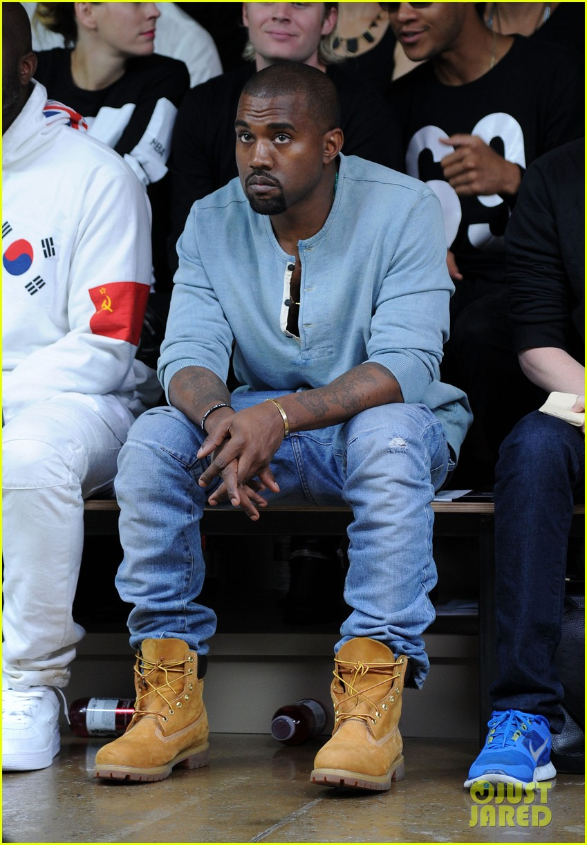 kanye west front row at hood by air fashion show 10