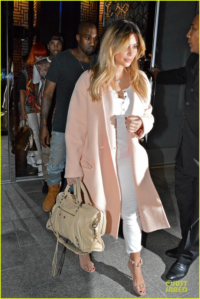 kim kardashian sports blond hair for dinner with kanye west 062956494