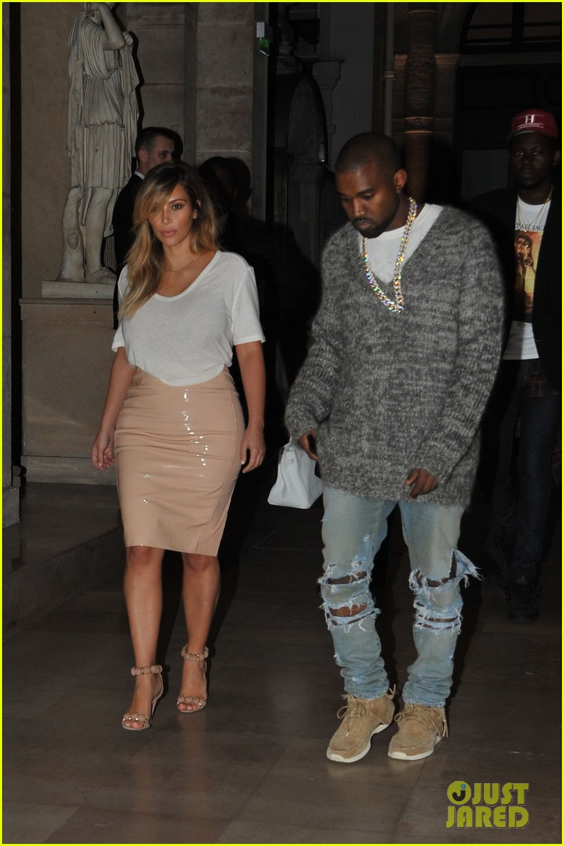 kim kardashian kanye west parisian dinner date 07