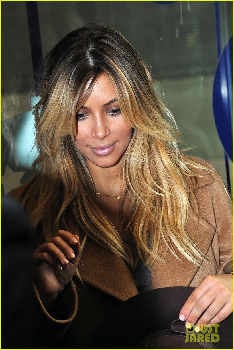 kim kardashian kanye west step out together in paris 022961524