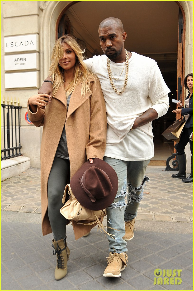 kim kardashian kanye west step out together in paris 05