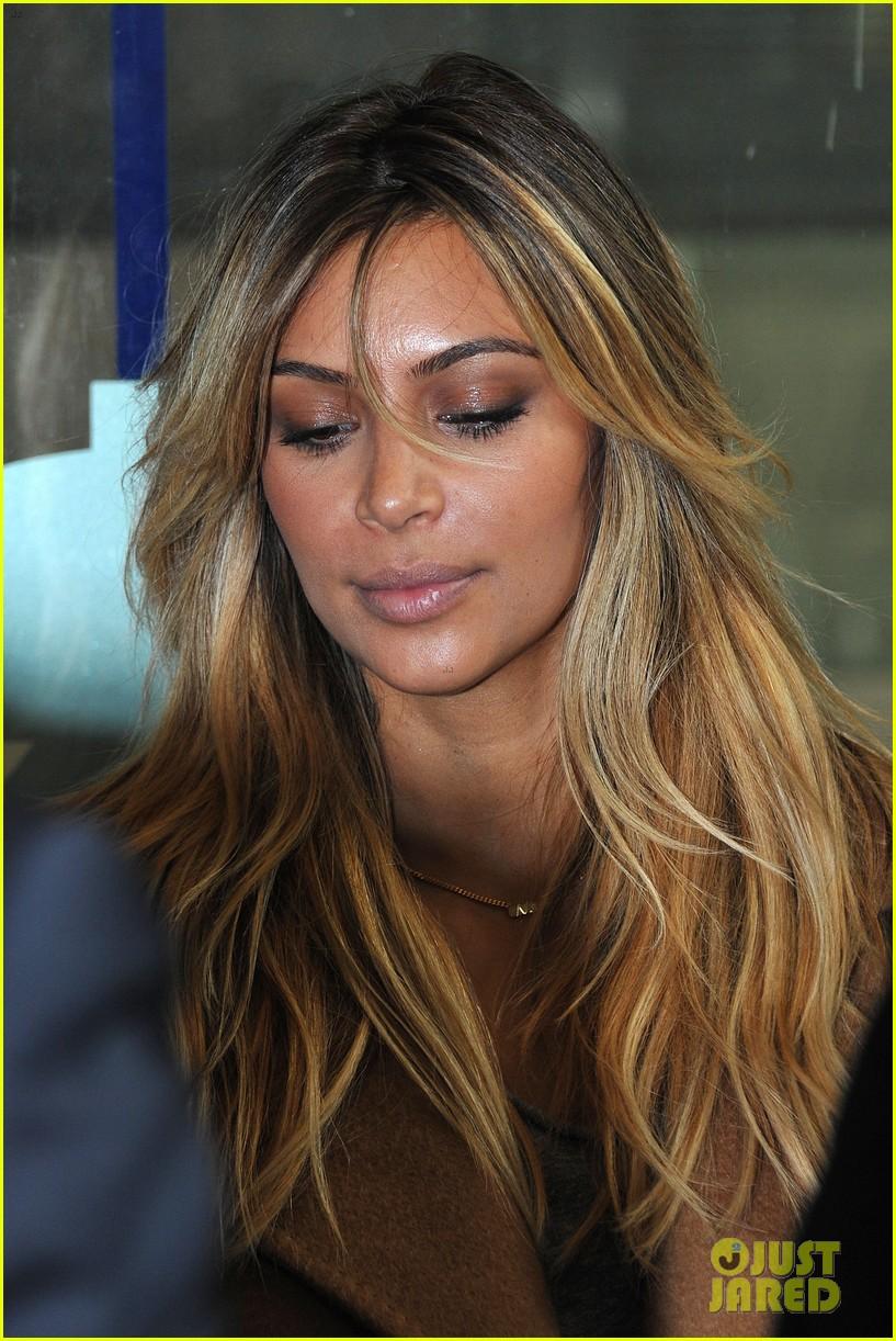 kim kardashian kanye west step out together in paris 102961532