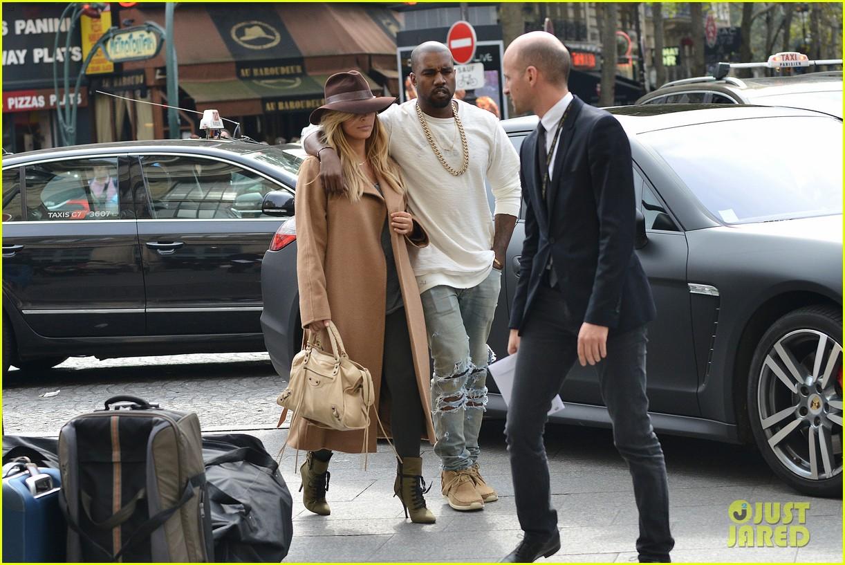 kim kardashian kanye west step out together in paris 142961536