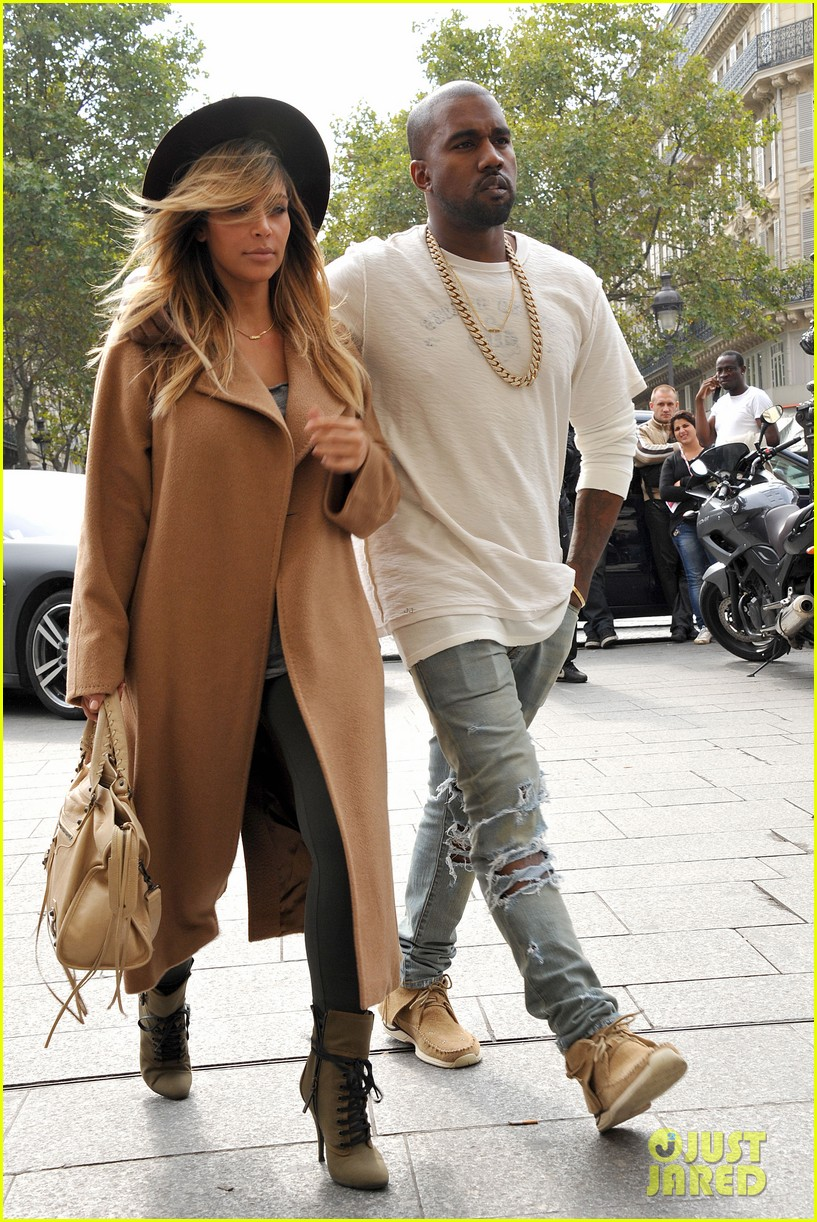 kim kardashian kanye west step out together in paris 212961543