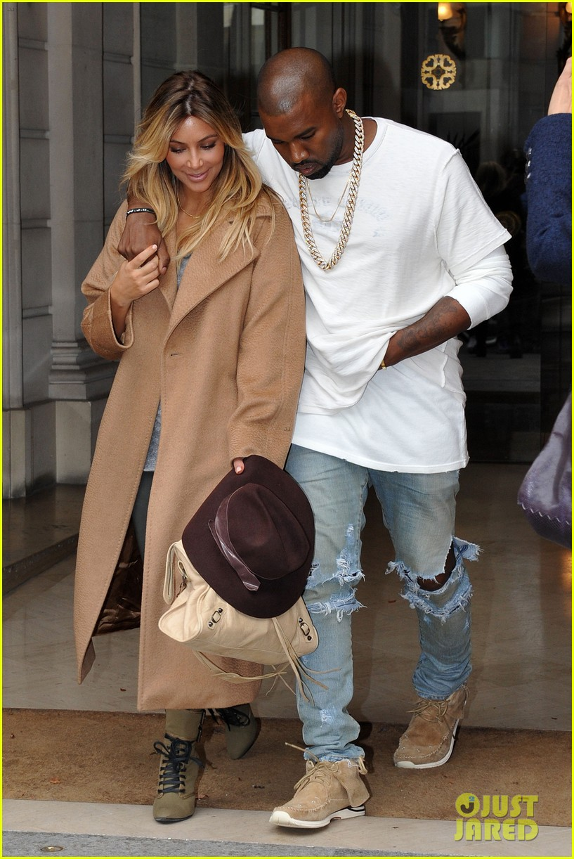kim kardashian kanye west step out together in paris 302961552