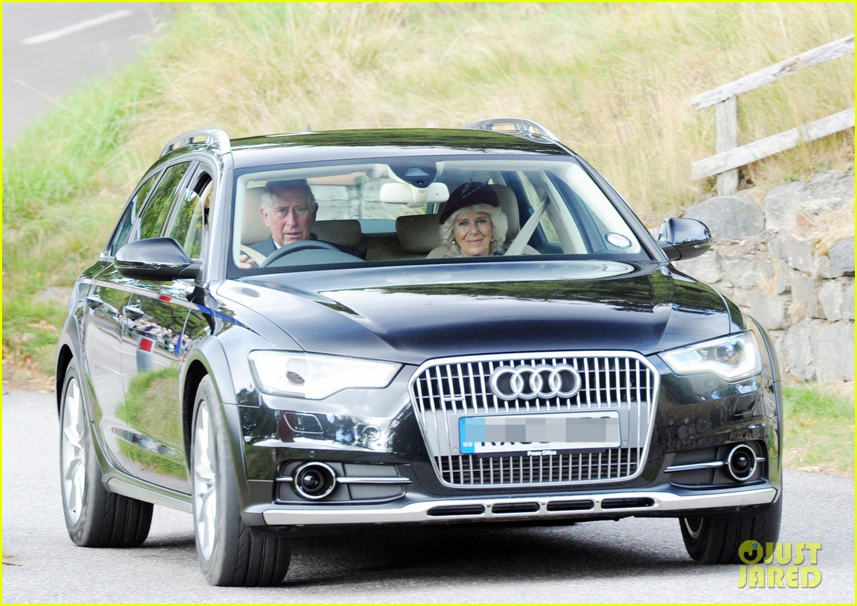 kate middleton prince william drive away after church 012959278