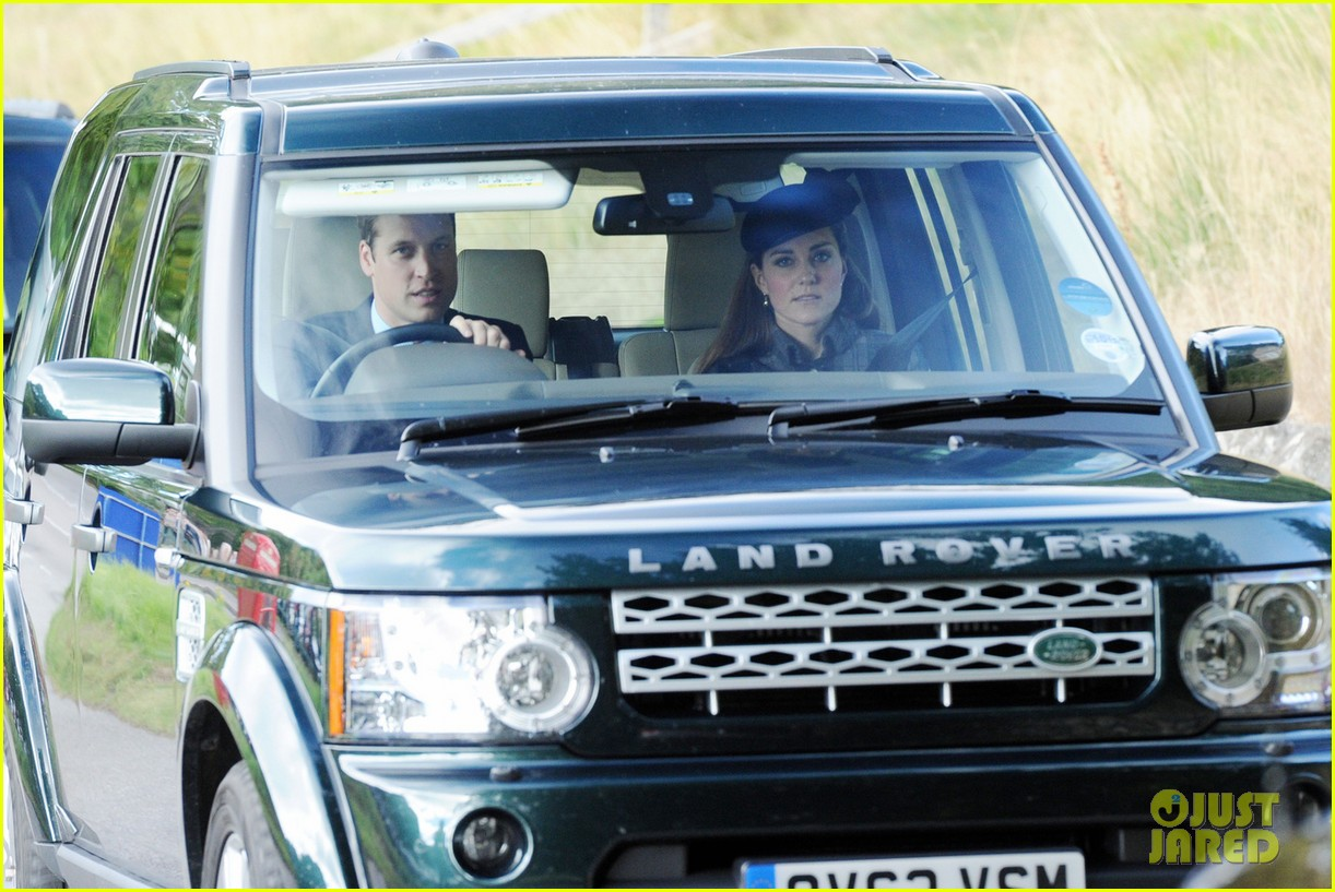 kate middleton prince william drive away after church 052959282