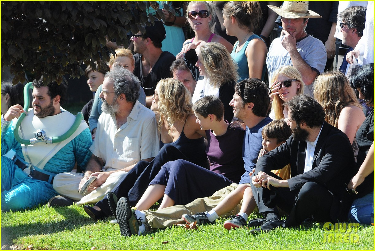 kate hudson zach braff wrap wish i was here 272946889