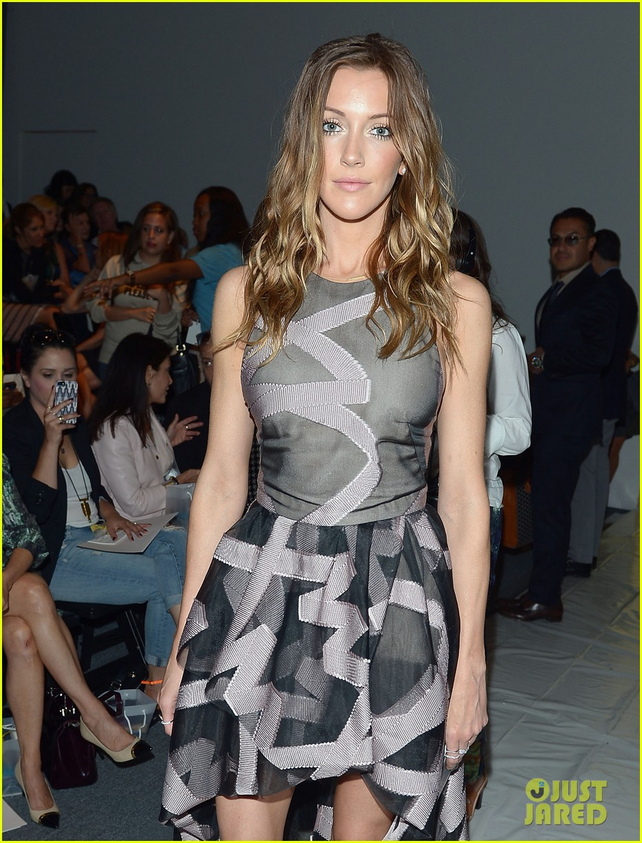 katie cassidy brittany snow front row at lela rose fashion show 052947052