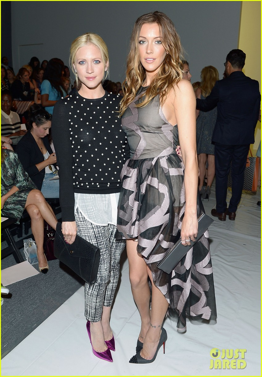 katie cassidy brittany snow front row at lela rose fashion show 082947055