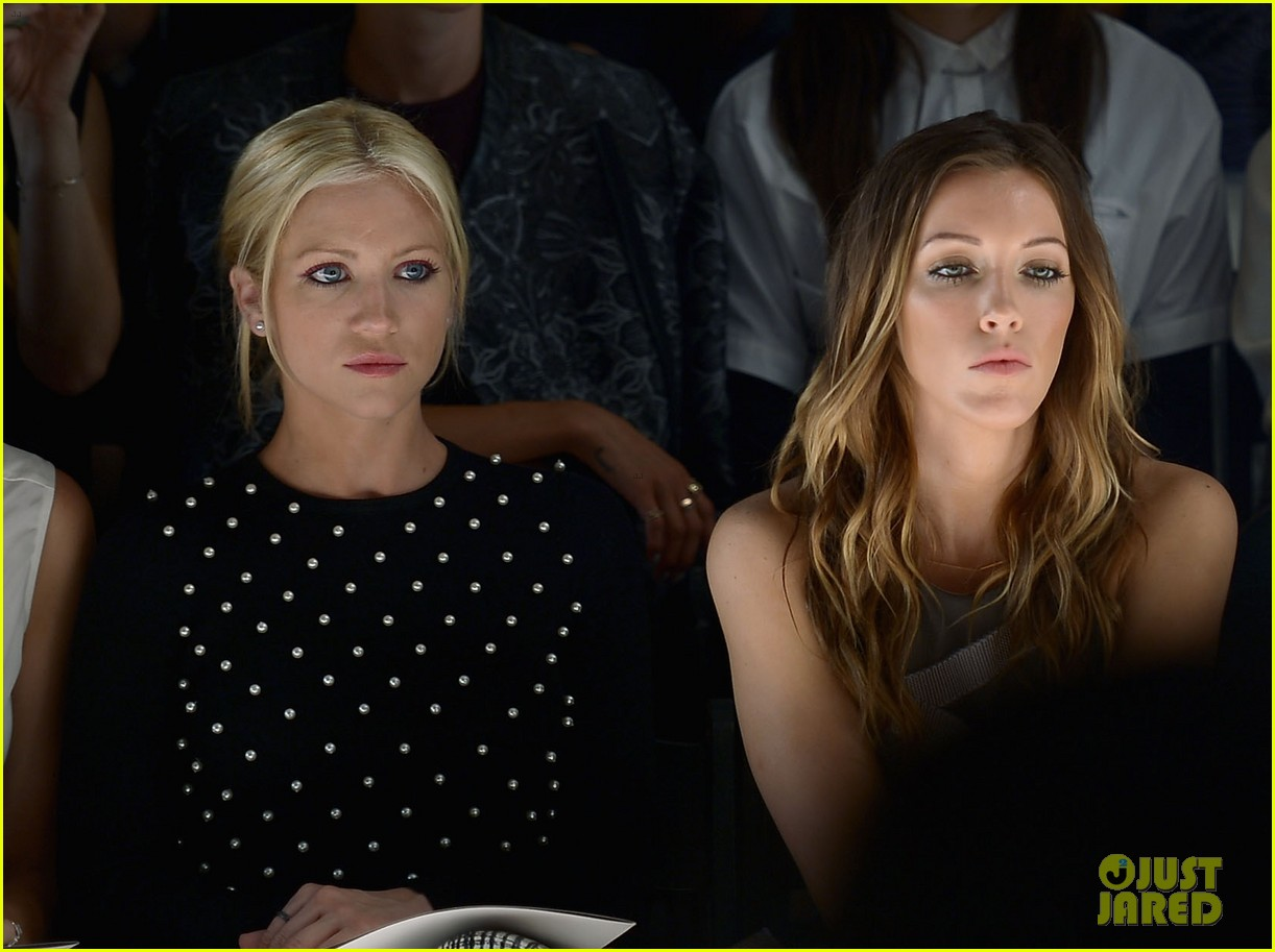 katie cassidy brittany snow front row at lela rose fashion show 112947058