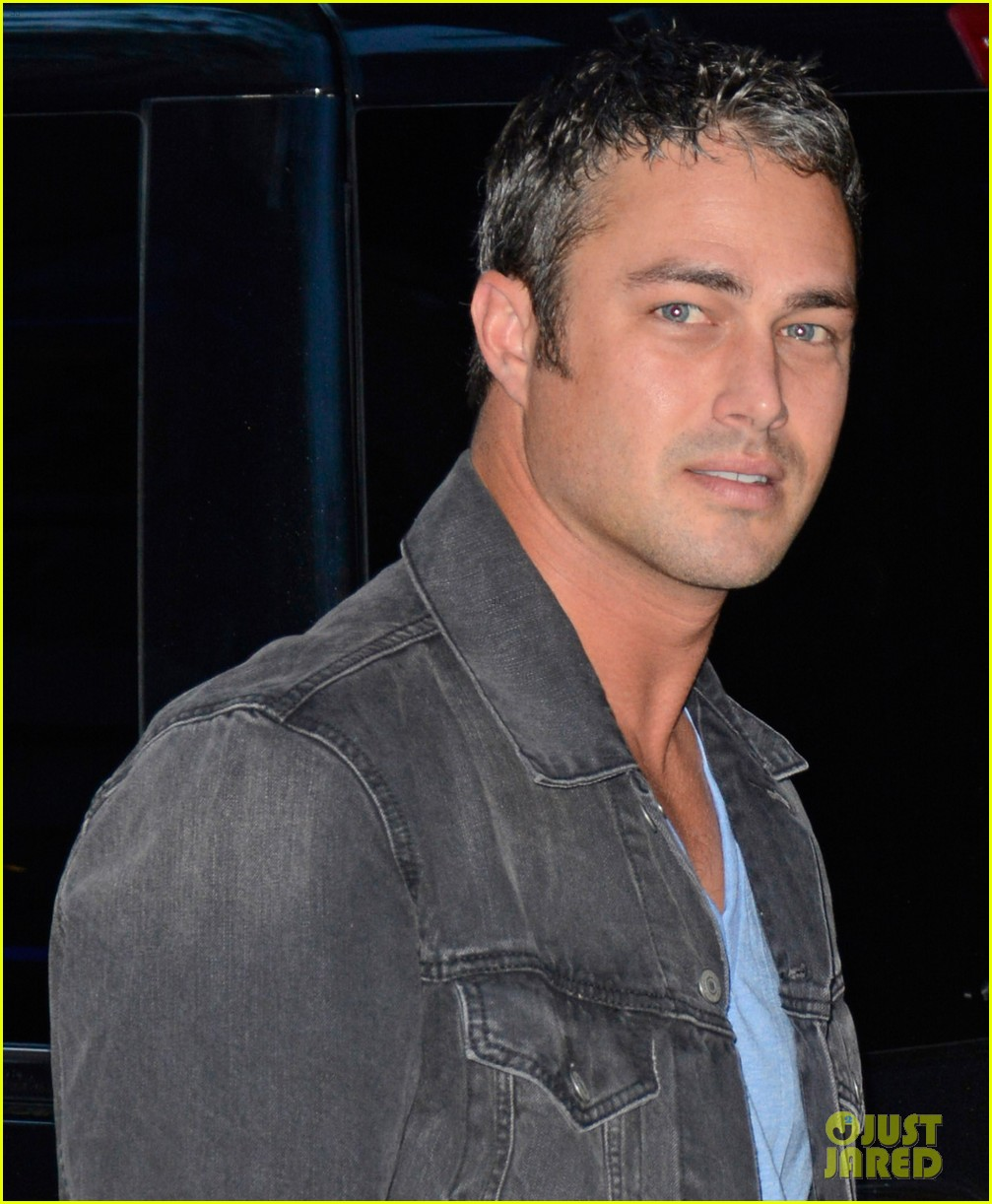 taylor kinney dating lady gaga is normal 042959710