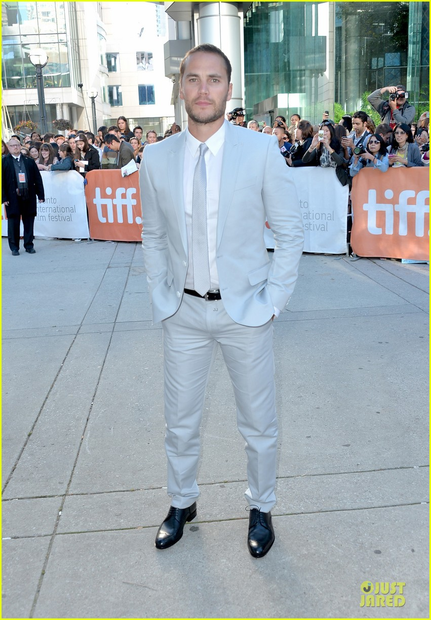 taylor kitsch the grand seduction tiff premiere 03