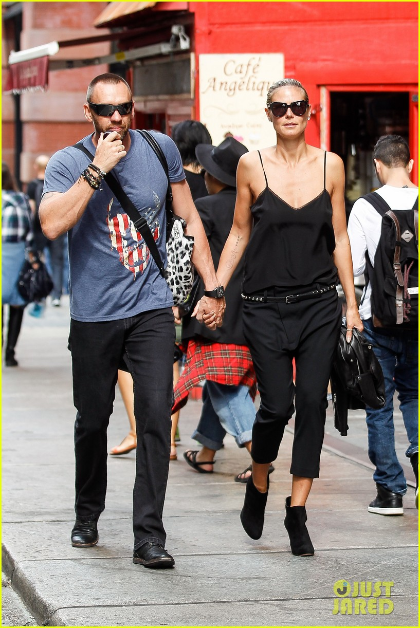 heidi klum martin kirsten soho morning stroll couple 022949999