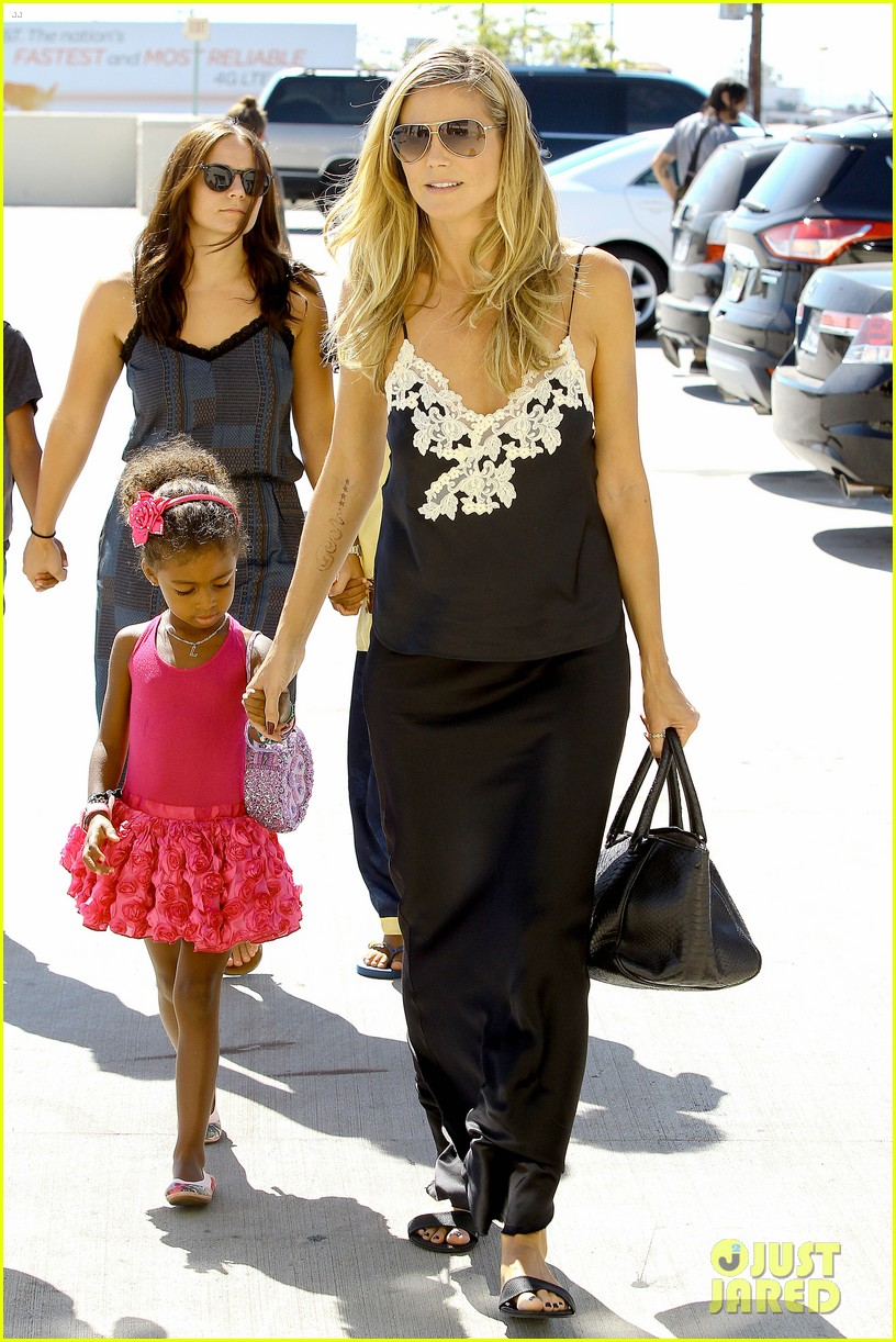 heidi klum martin kirsten soho morning stroll couple 032950000