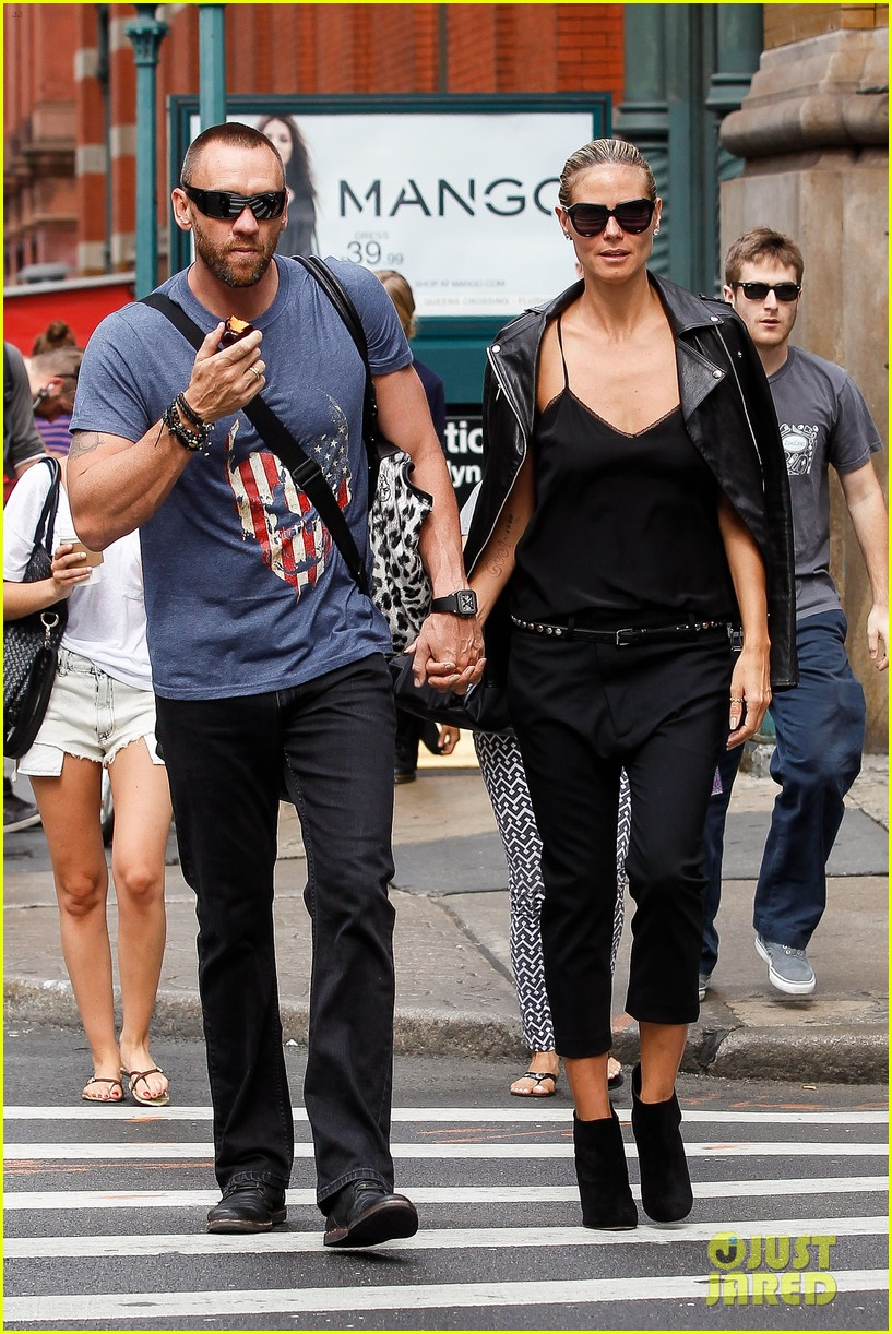 heidi klum martin kirsten soho morning stroll couple 112950008