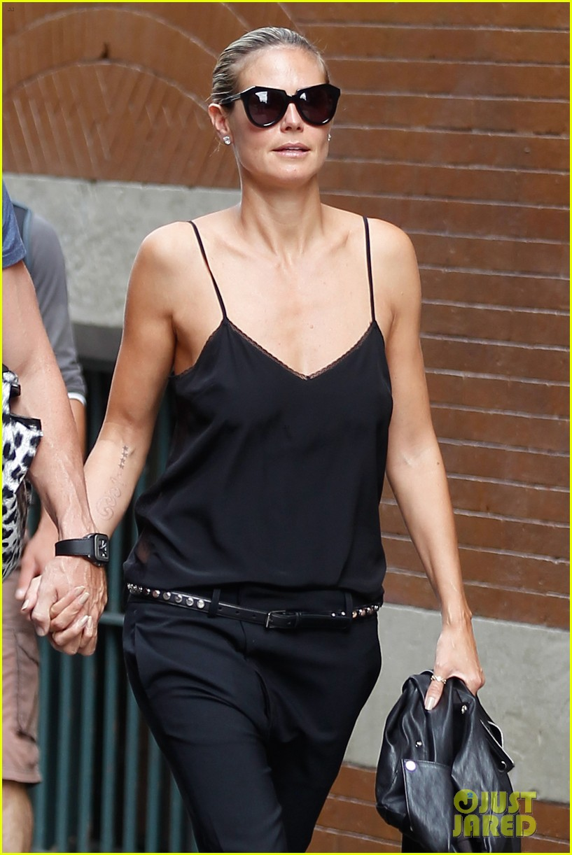 heidi klum martin kirsten soho morning stroll couple 122950009