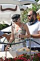 diane kruger joshua jackson enjoy lunch date in venice 21