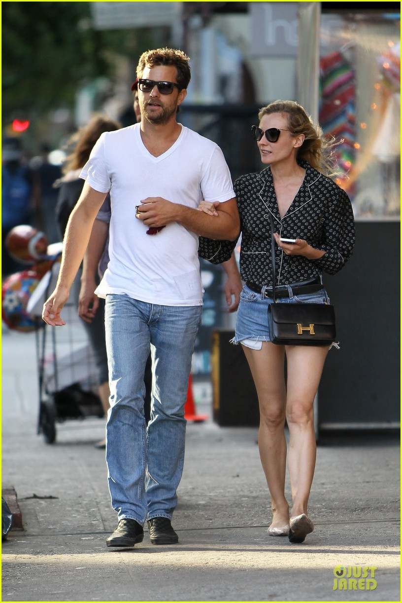 diane kruger joshua jackson hook arms for nyc stroll 032956881