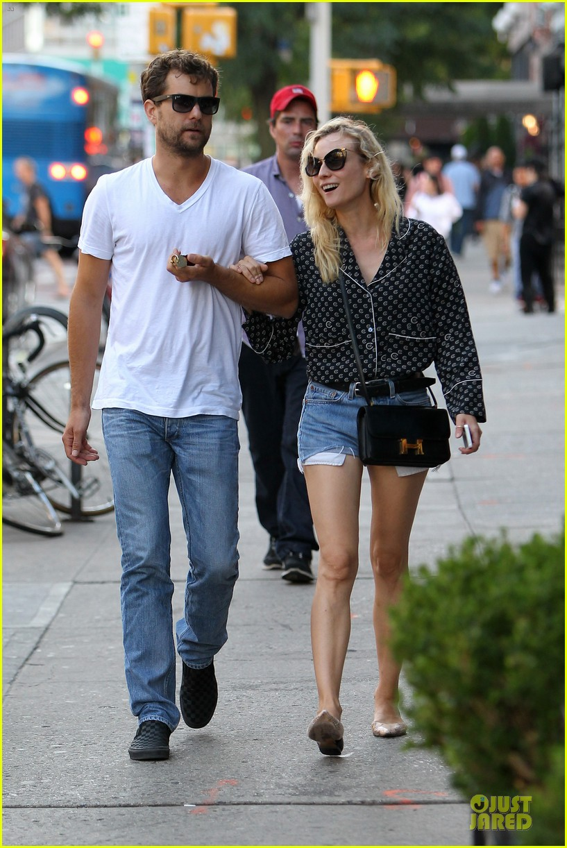 diane kruger joshua jackson hook arms for nyc stroll 122956890