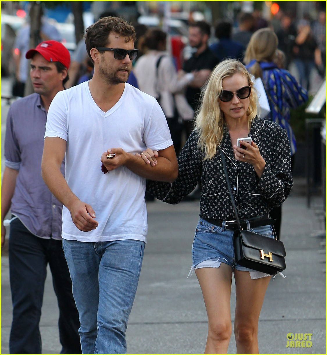 diane kruger joshua jackson hook arms for nyc stroll 182956896