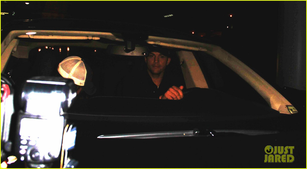 ashton kutcher picks up mila kunis at lax airport 052949956
