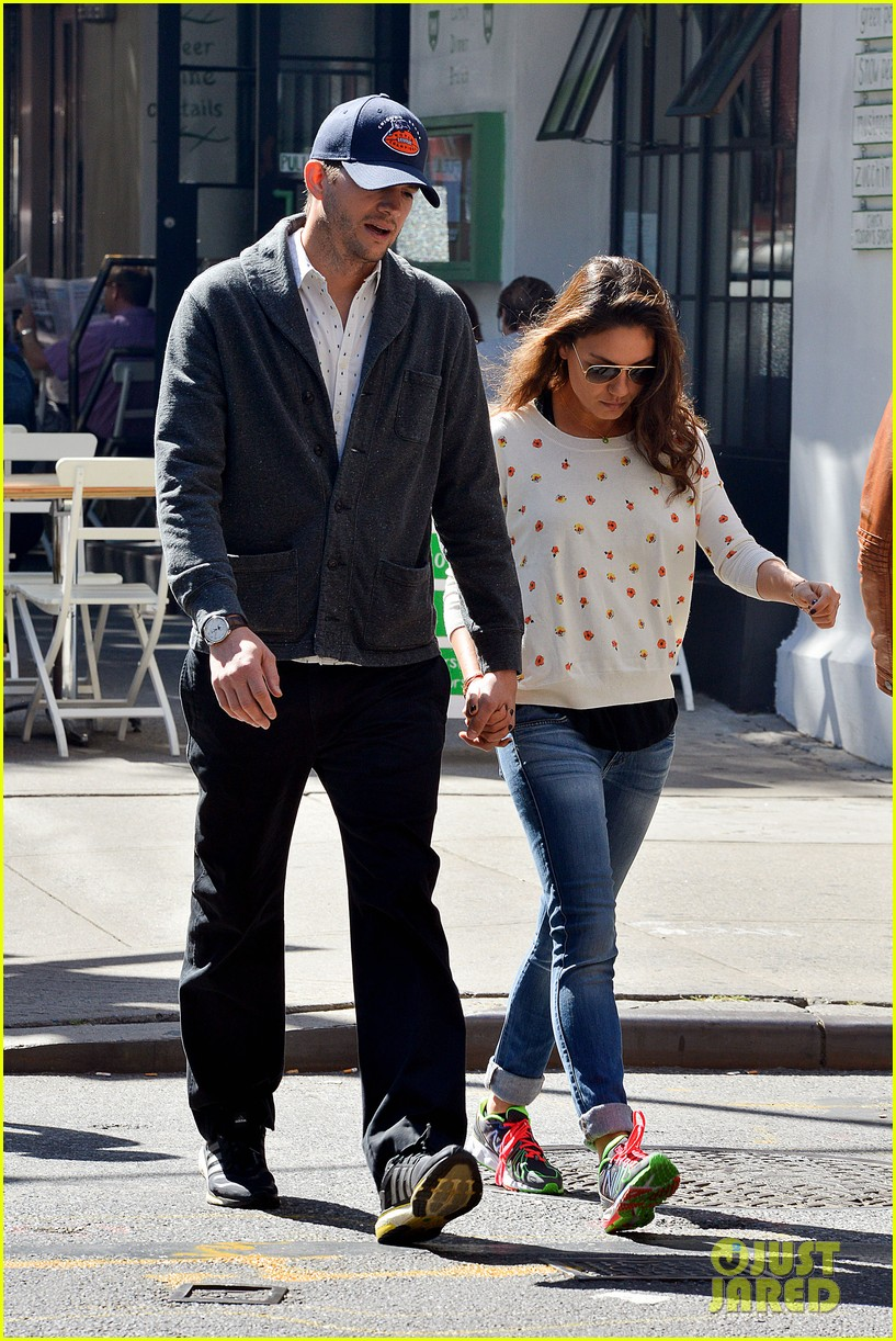 ashton kutcher mila kunis hold hands in the big apple 092955477