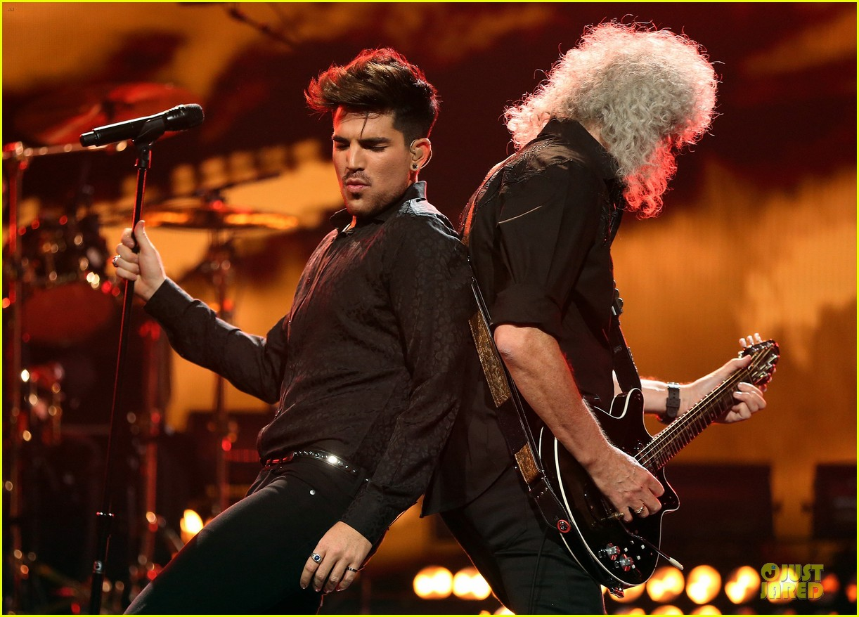 adam lambert iheartradio music festival with queen 202956593