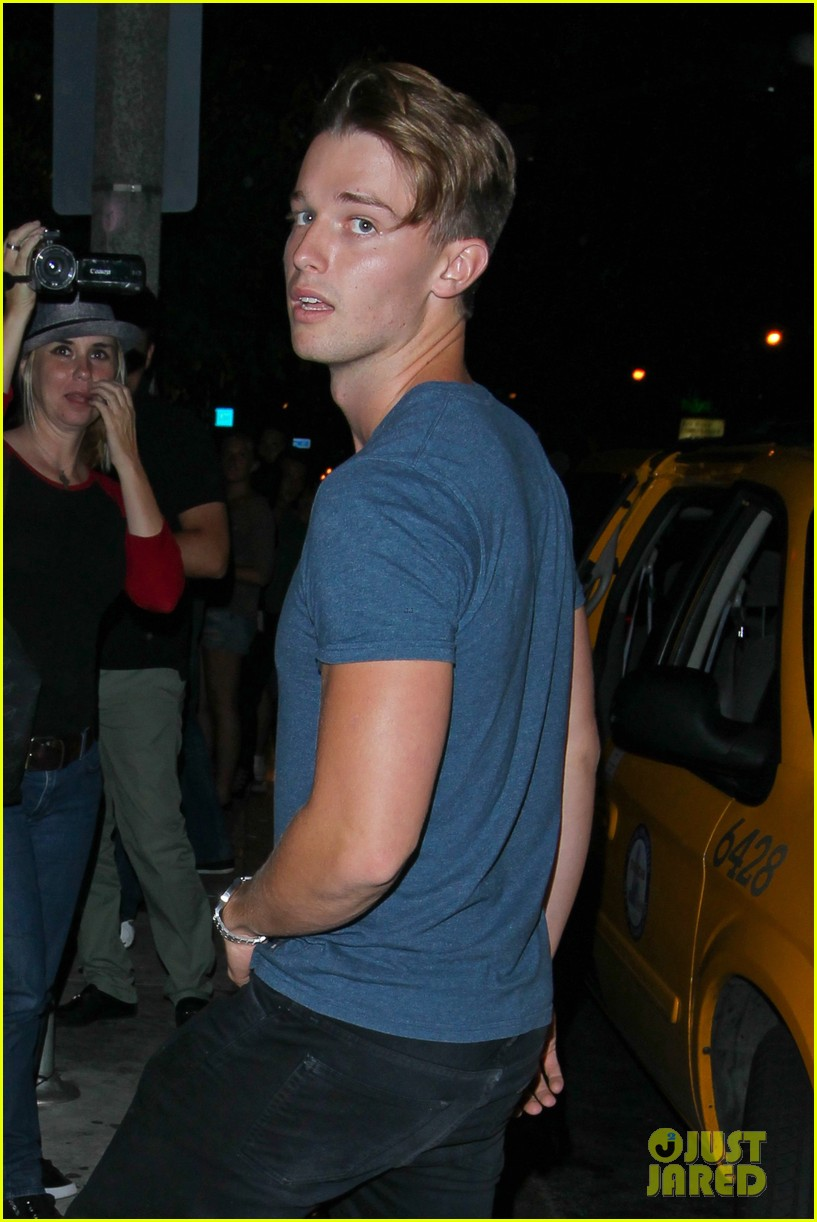 taylor lautner patrick schwarzenegger go partying together 04