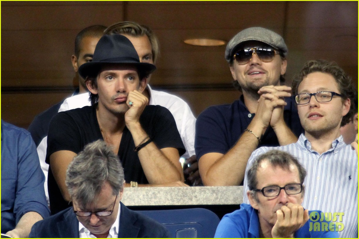 leonardo dicaprio toni garnn watch us open from moet suite 042943498