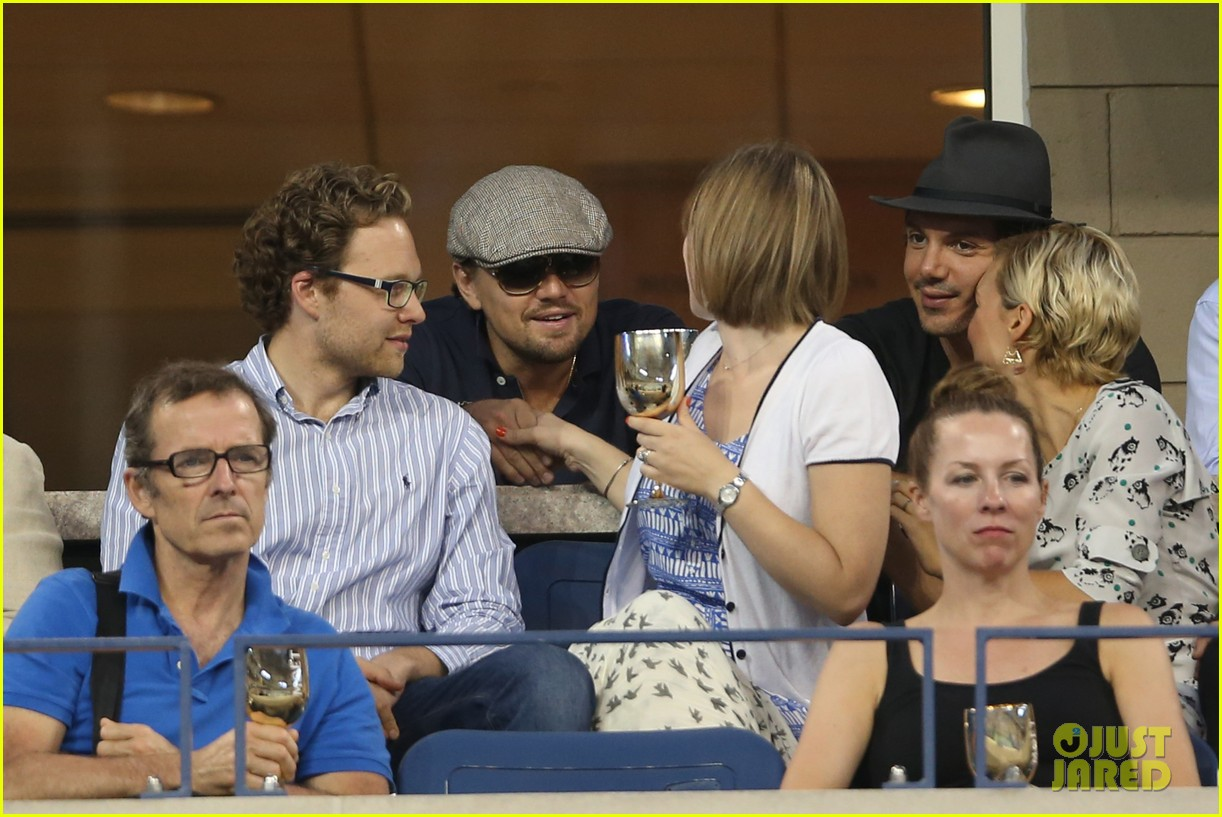 leonardo dicaprio toni garnn watch us open from moet suite 072943501