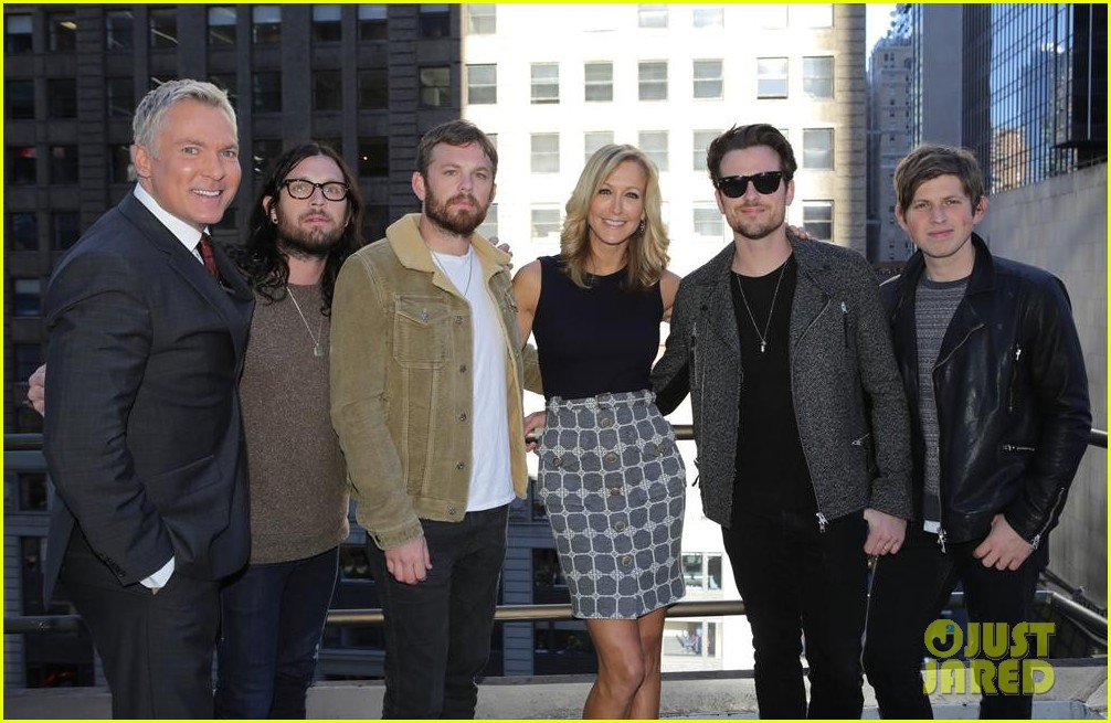 kings of leon performs live on good morning america 042959294