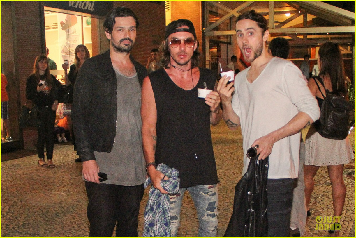 jared leto rock in rio performance with thirty seconds to mars 312953745