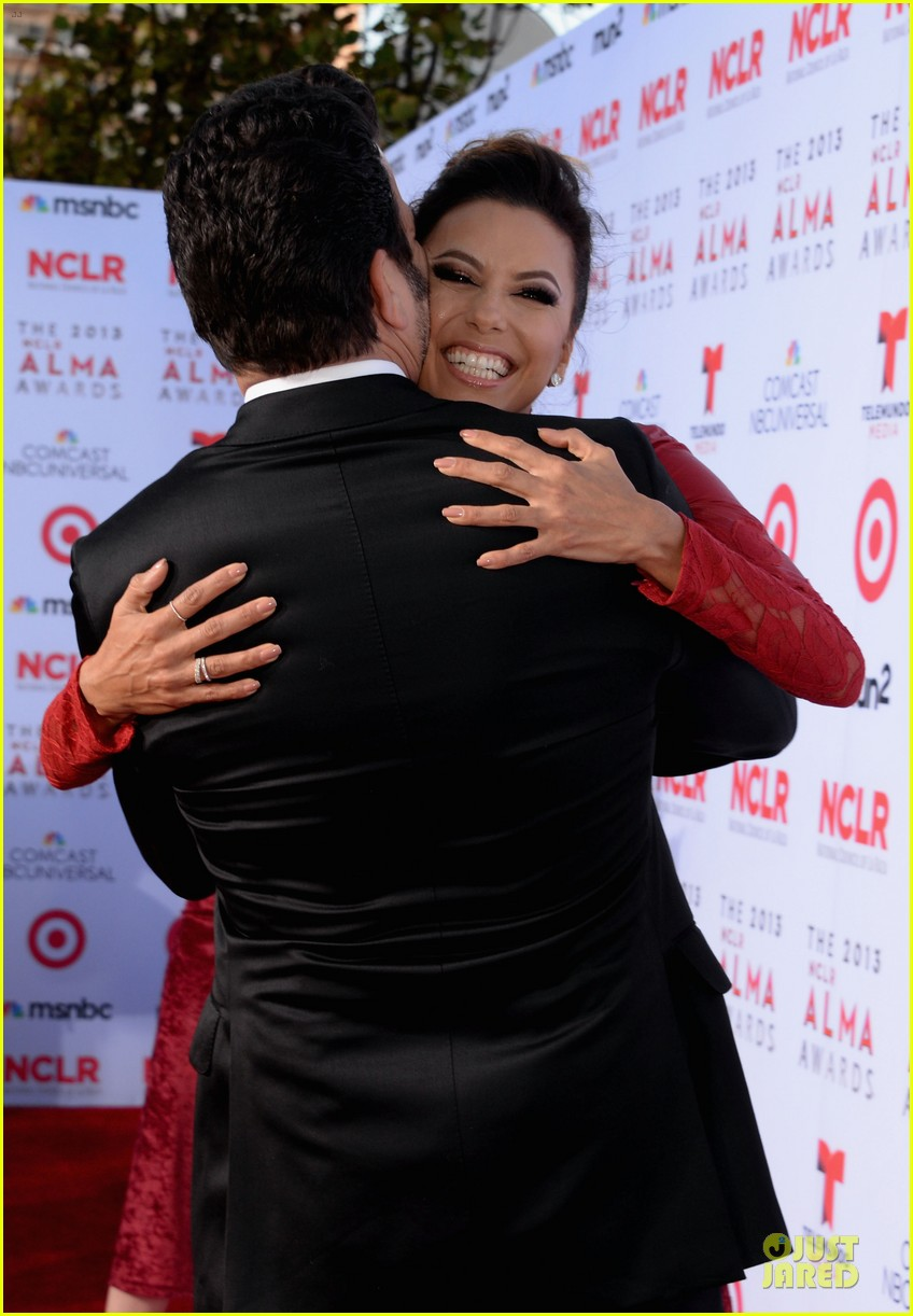 eva longoria multiple dresses as nclr alma awards host 182961522
