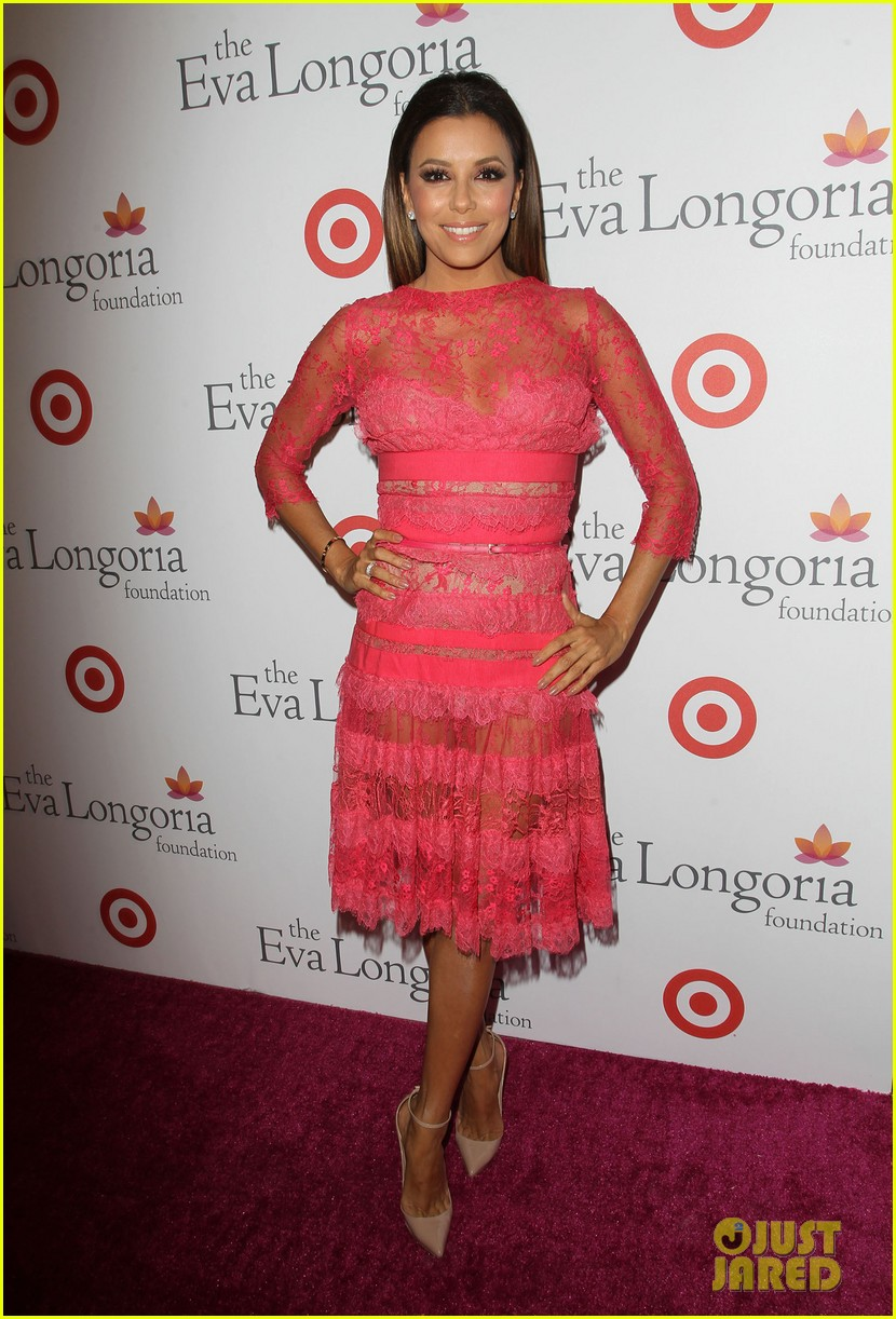 eva longoria attends her foundations dinner with friends 102962285