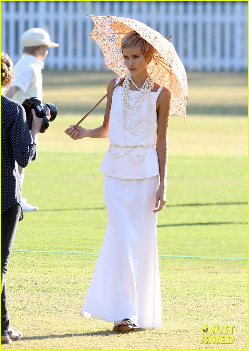 isabel lucas rocks numerous outfits for photo shoot 182944508