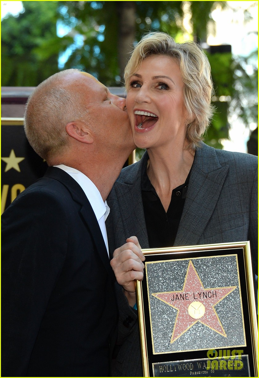 jane lynch receives star on hollywood walk of fame 022943836