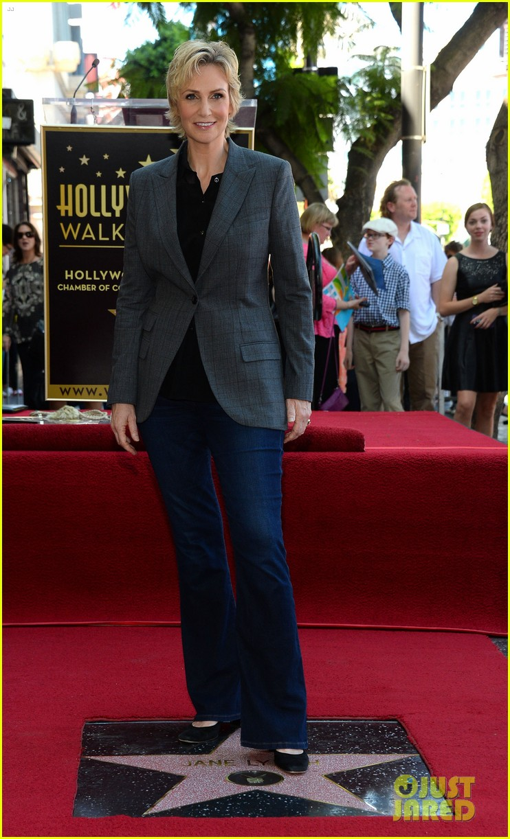 jane lynch receives star on hollywood walk of fame 072943841