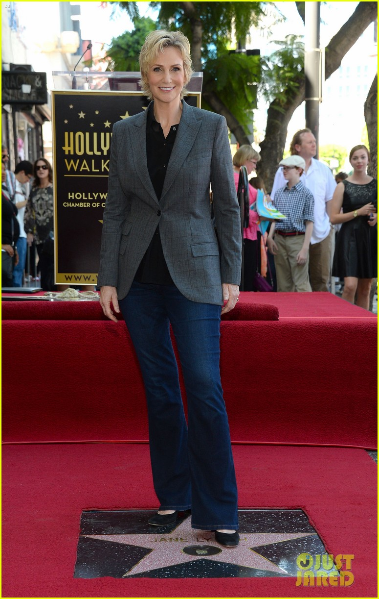 jane lynch receives star on hollywood walk of fame 082943842