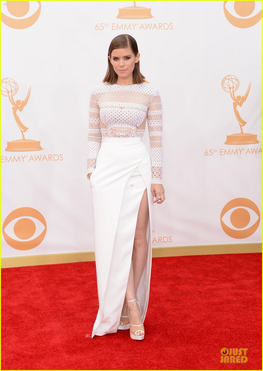kate mara kristen connolly emmys 2013 red carpet 012958200