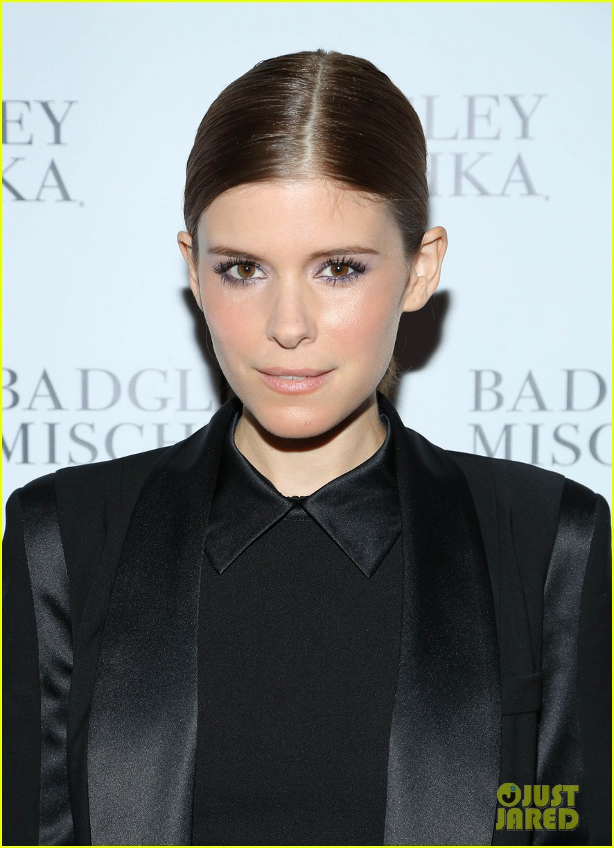 kate mara carly rae jepsen badgley mischka store opening 022950032