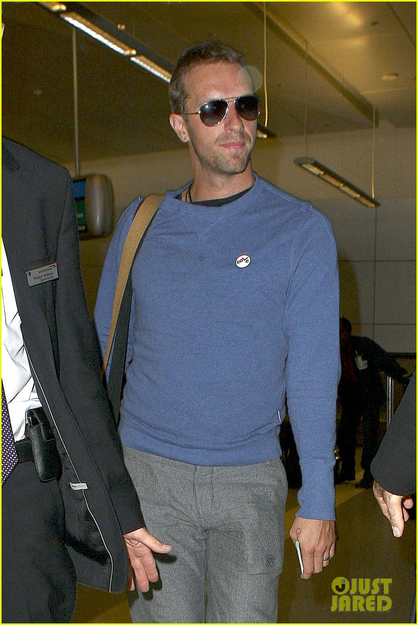 gwyneth paltrow wouldnt divorce chris martin if he cheated 082961873