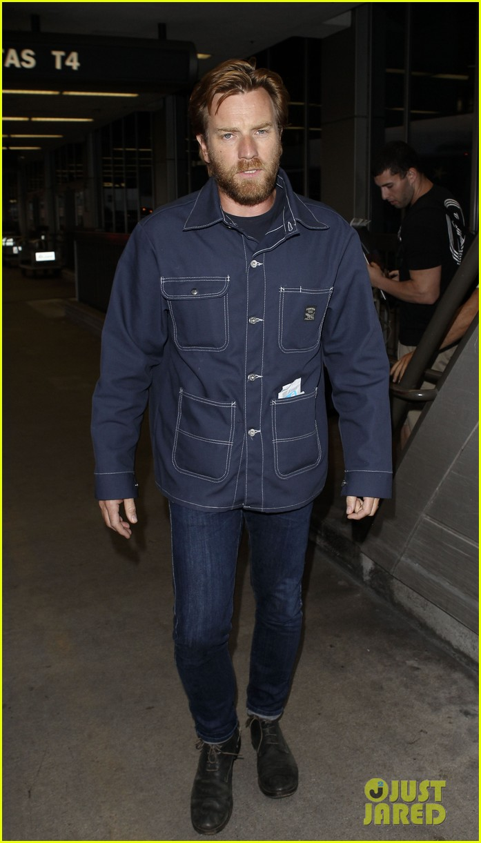 ewan mcgregor playing roger chapman in sub rescue film 022942841