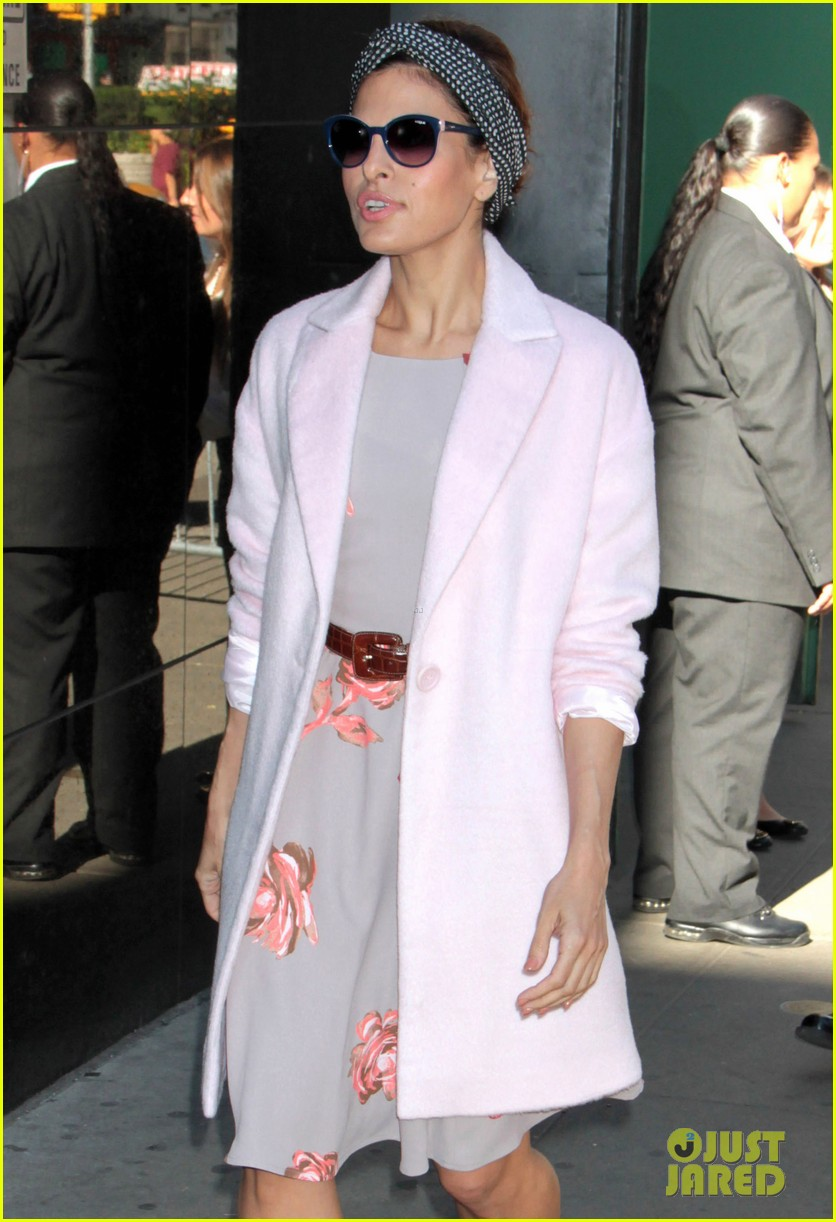 eva mendes promotes fashion line on gma 04