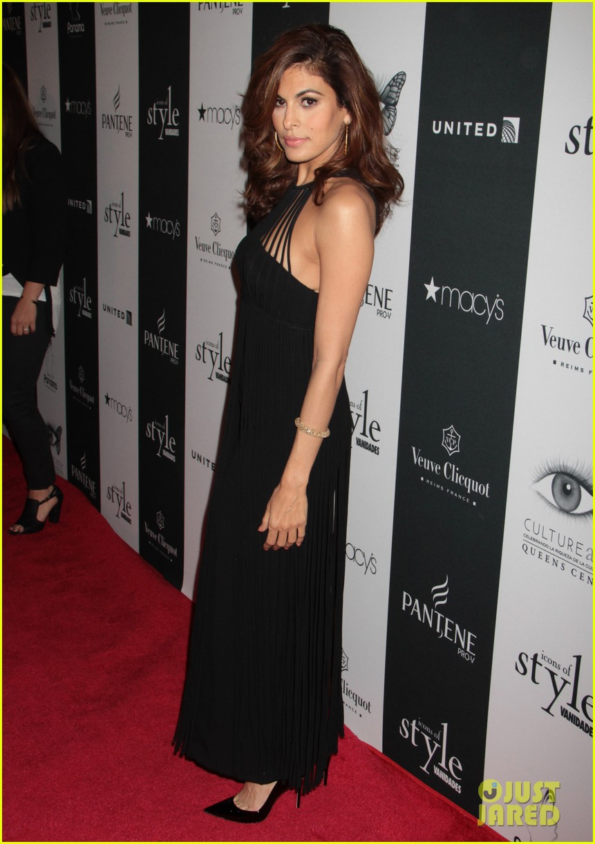 eva mendes icons of style awards in new york city 022955753
