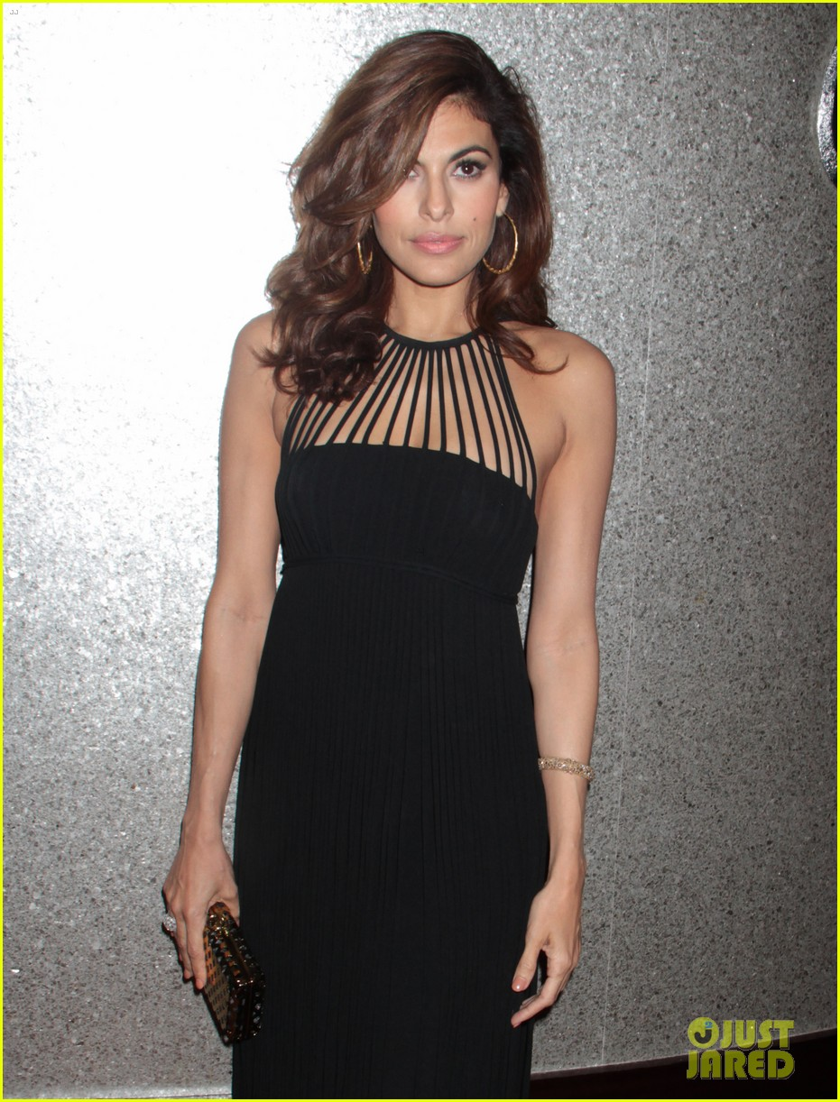 eva mendes icons of style awards in new york city 042955755